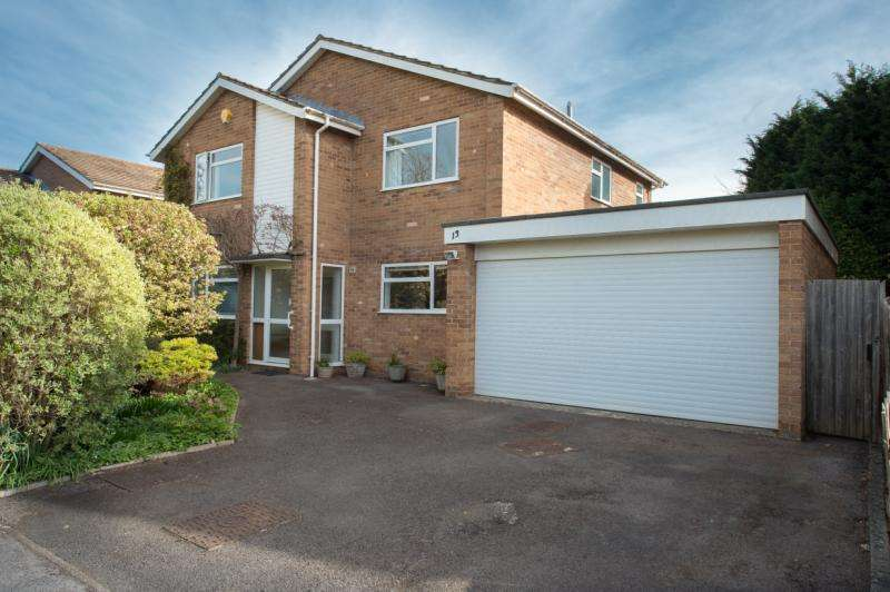 4 Bedrooms Detached House for sale in Field House Drive, Oxford