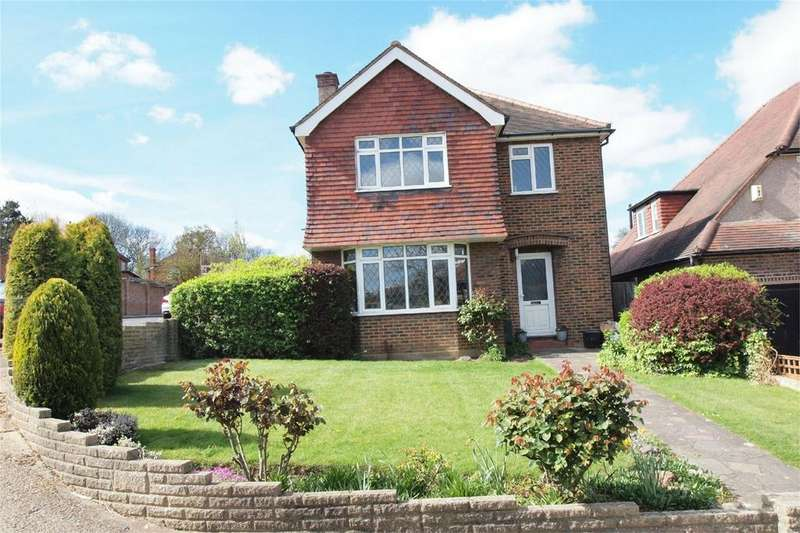 3 Bedrooms Detached House for sale in Pickhurst Park, Bromley, Kent