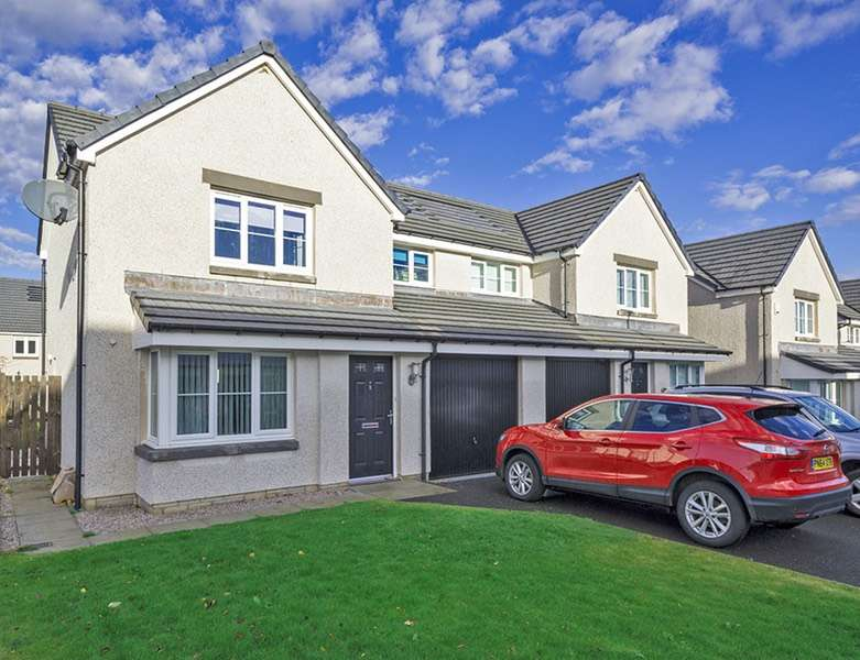 3 Bedrooms Semi Detached House for sale in Burnside Park, Aberdeen, Aberdeen, AB21