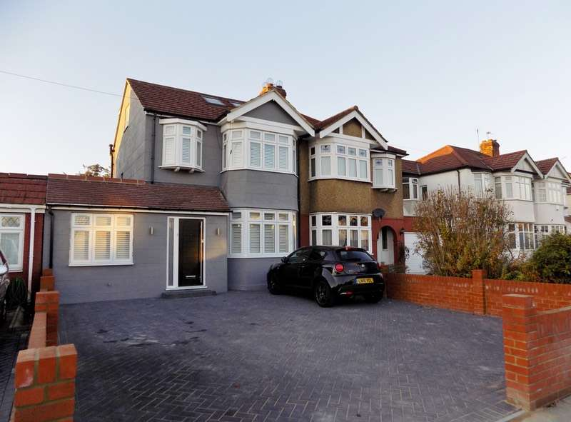 4 Bedrooms Semi Detached House for sale in Willow Road, Enfield, Middlesex, EN1