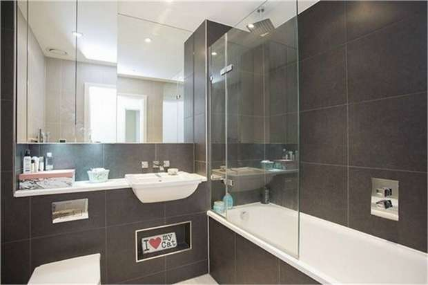 2 Bedrooms Flat for sale in Saffron Central Square, Croydon