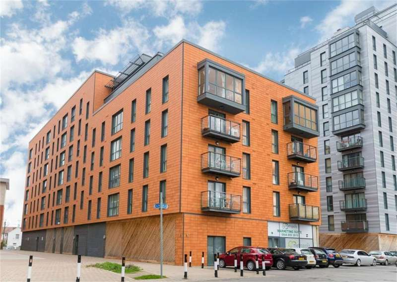 1 Bedroom Flat for sale in Central Slough