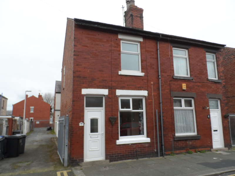 2 Bedrooms Semi Detached House for sale in Jackson Street, Blackpool, FY3 7BZ