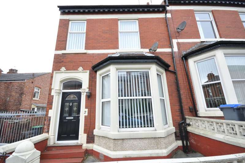 3 Bedrooms End Of Terrace House for sale in Maple Avenue, Blackpool, Lancashire, FY3 9BJ