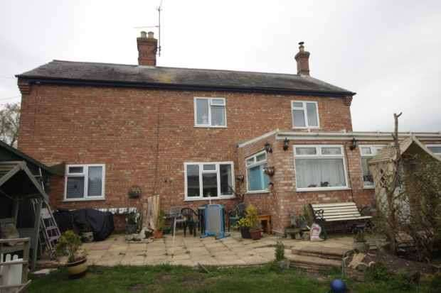 4 Bedrooms Detached House for sale in The Drove, Downham Market, Norfolk, PE38 0AJ