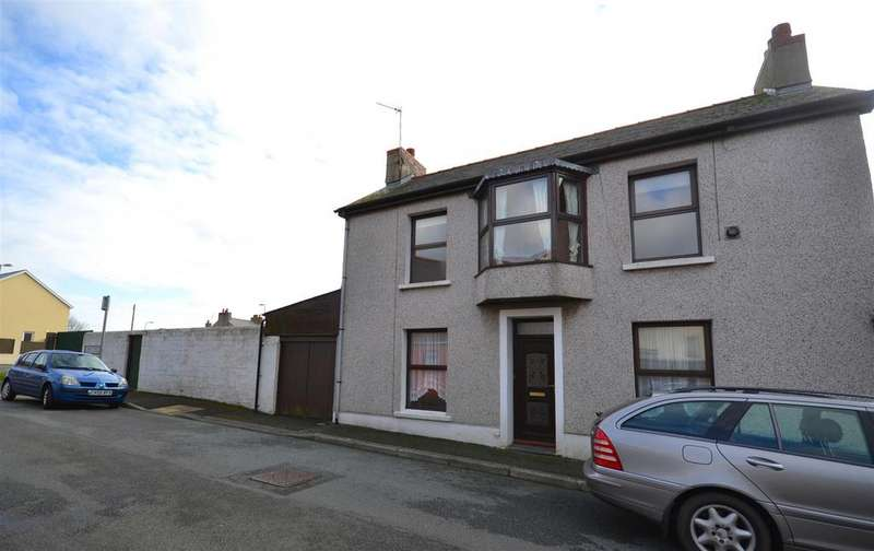3 Bedrooms Semi Detached House for sale in Neyland