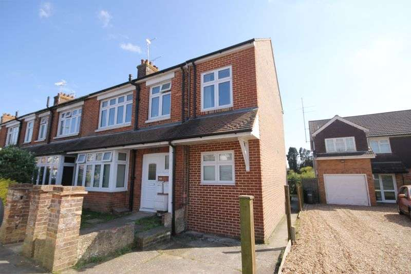 2 Bedrooms Flat for sale in Western Road, Burgess Hill, West Sussex