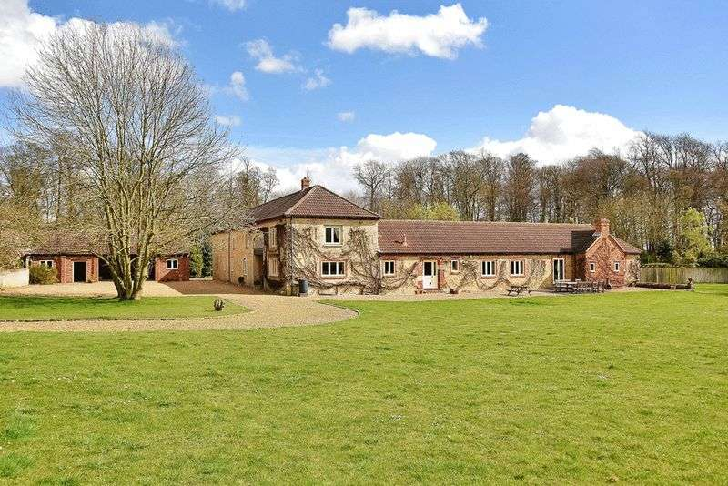 5 Bedrooms Detached House for sale in Springfield Barn, The Avenue, Barnsdale, Oakham