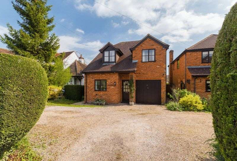 4 Bedrooms Detached House for sale in Back Lane, Chalfont St. Giles