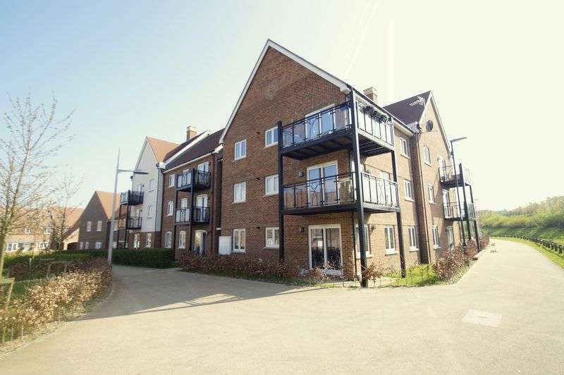 2 Bedrooms Flat for sale in Kilnwood Vale