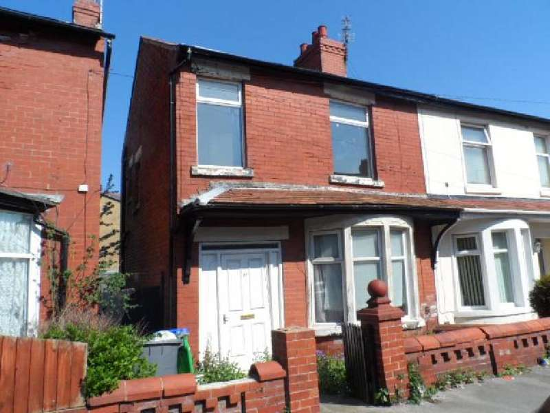 3 Bedrooms Property for sale in 77, Blackpool, FY1 6NX