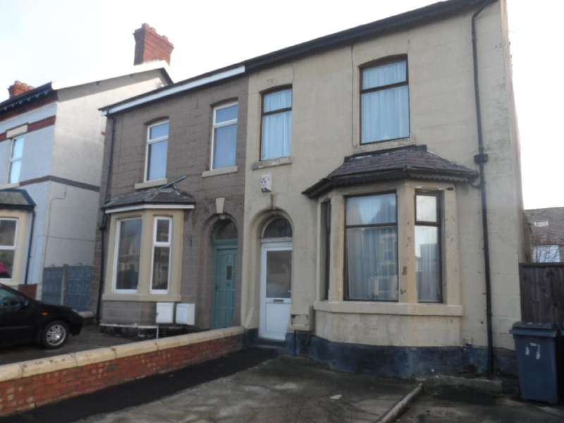 4 Bedrooms Property for sale in 17, Blackpool, FY3 8DS