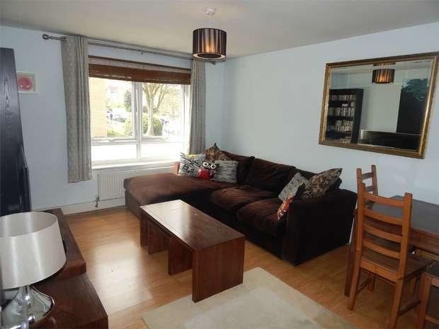 1 Bedroom Flat for sale in Garden Road, Penge, London