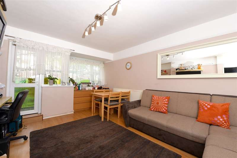 2 Bedrooms Apartment Flat for sale in Tildesley Road, Putney