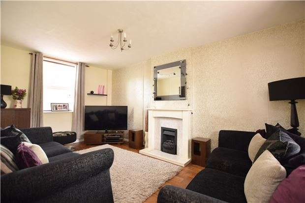 3 Bedrooms Terraced House for sale in Rochester Road, BRISTOL, BS4 4QG