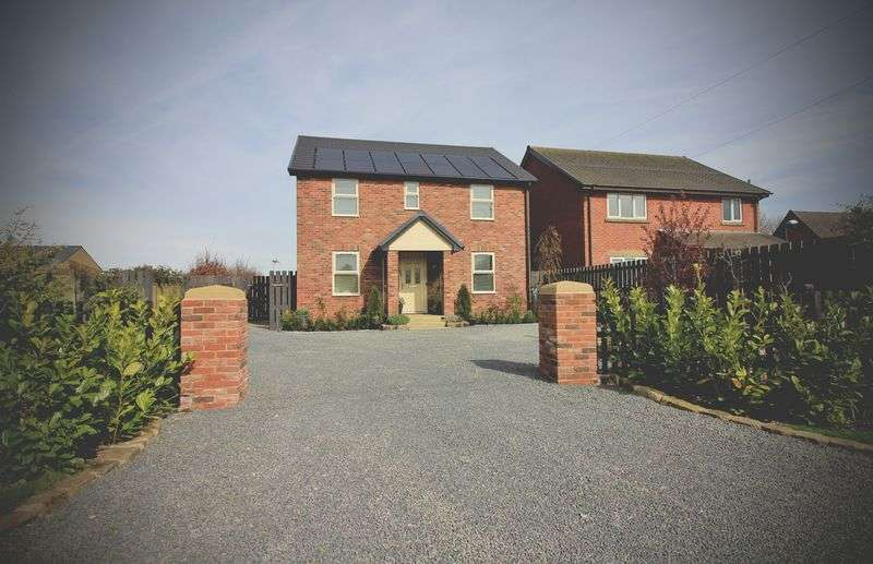 3 Bedrooms Detached House for sale in Longmeadow, Duck Street, Pilling, PR3 6HN