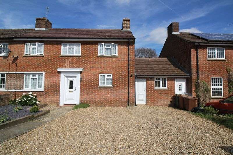 3 Bedrooms Semi Detached House for sale in New Causeway, Reigate