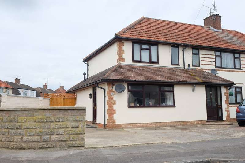 2 Bedrooms End Of Terrace House for sale in Greenfields Road, Reading, RG2