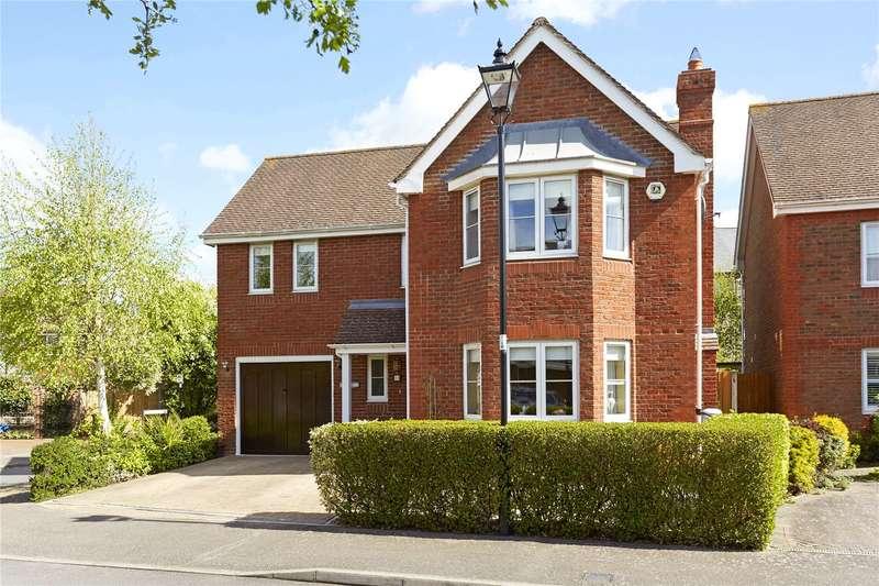 4 Bedrooms Detached House for sale in McKenzie Way, Epsom, Surrey, KT19