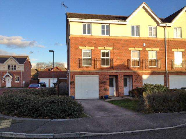 4 Bedrooms House Share for rent in Topliff Road, Chilwell, Nottingham, NG9