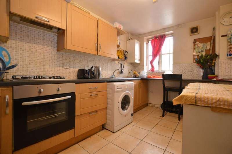 3 Bedrooms Terraced House for sale in Lisford Street Peckham, London SE15