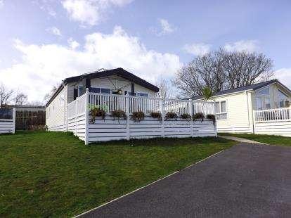 2 Bedrooms Detached House for sale in Dawlish Warren, Dawlish