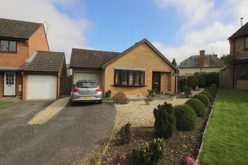 2 Bedrooms Bungalow for sale in Willowbrook, Purton