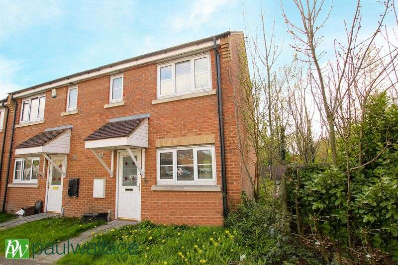 3 Bedrooms Terraced House for sale in Michigan Close, Turnford