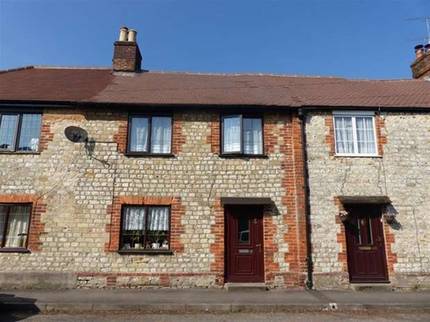 3 Bedrooms Terraced House for sale in High Street, Heytesbury, Warminster