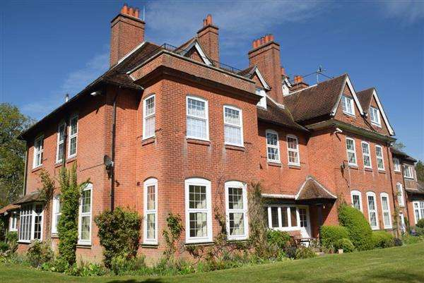 2 Bedrooms Flat for sale in Netley Hill House, Southampton