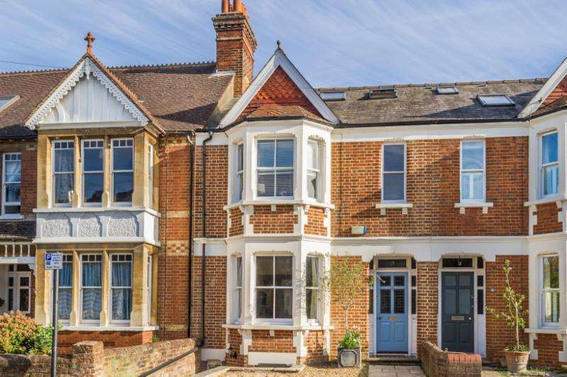 4 Bedrooms Terraced House for sale in Thorncliffe Road, Oxford