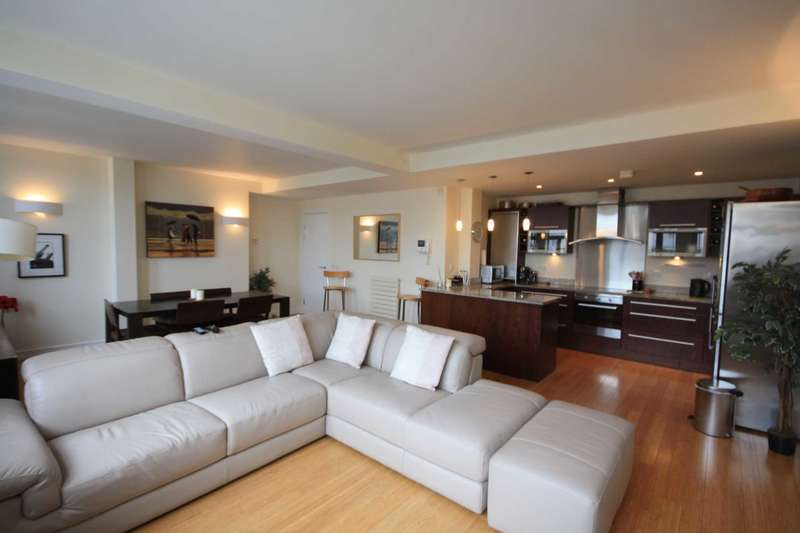 2 Bedrooms Apartment Flat for sale in Century Buildings, St Mary`s Parsonage,