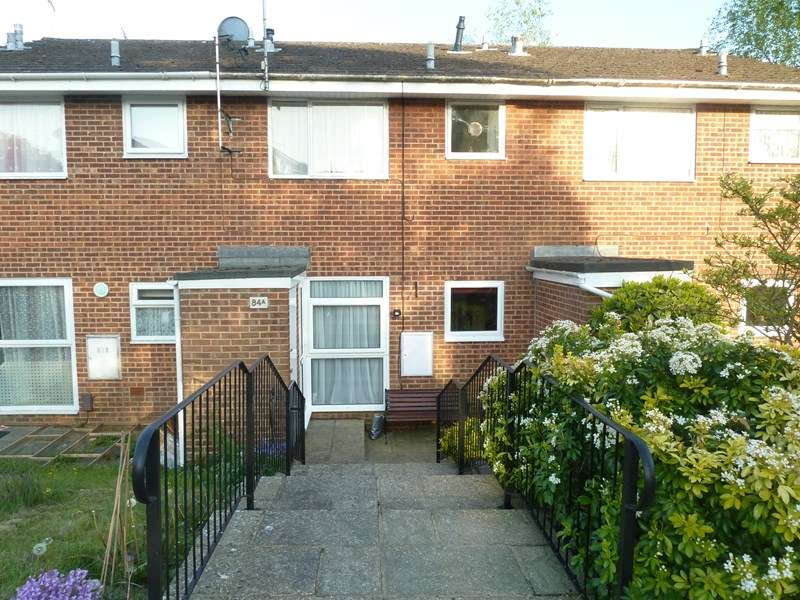 1 Bedroom Flat for sale in King John Avenue, Bearwood, BOURNEMOUTH