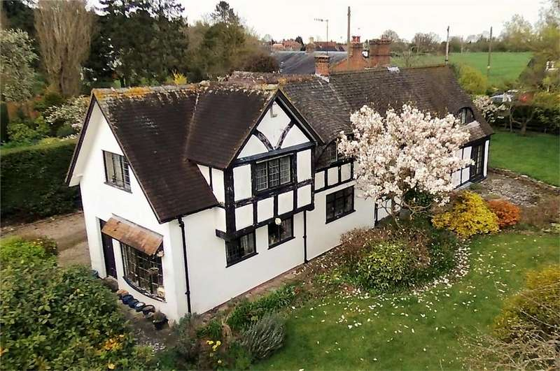 4 Bedrooms Detached House for sale in White-Ladies-Aston, Worcester