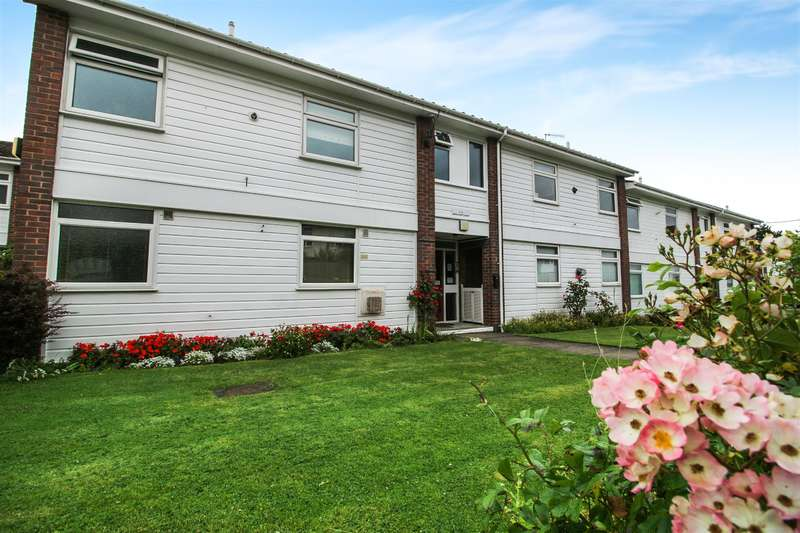 1 Bedroom Studio Flat for sale in Wroxham Close, Upton, Wirral , CH49 0UY