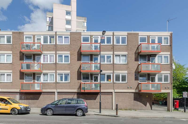 1 Bedroom Flat for sale in Haverstock Road, Camden, NW5