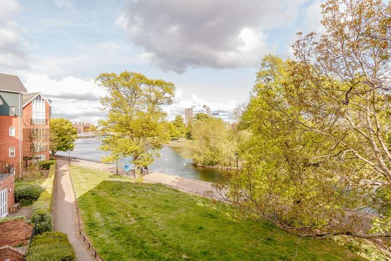 1 Bedroom Flat for sale in Sovereigns Quay, Bedford, MK401TF