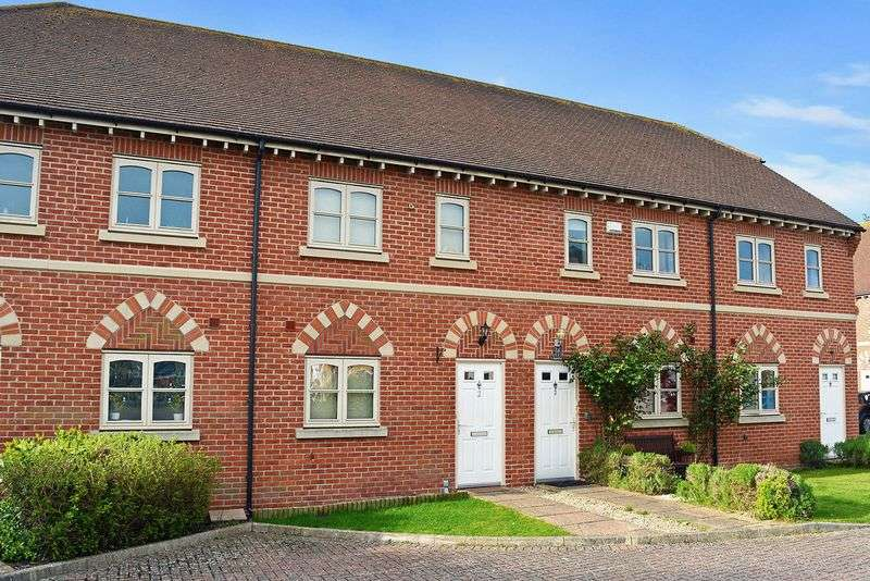 3 Bedrooms Terraced House for sale in Leverton Gardens, Wantage
