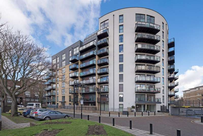 1 Bedroom Flat for sale in Aragon Court, Kennington, London