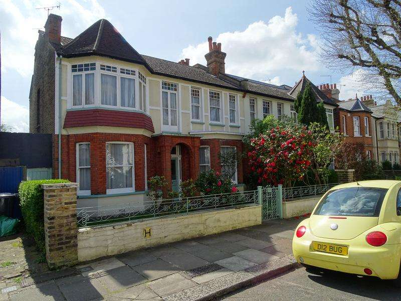 4 Bedrooms Semi Detached House for sale in Waldeck Road, Ealing