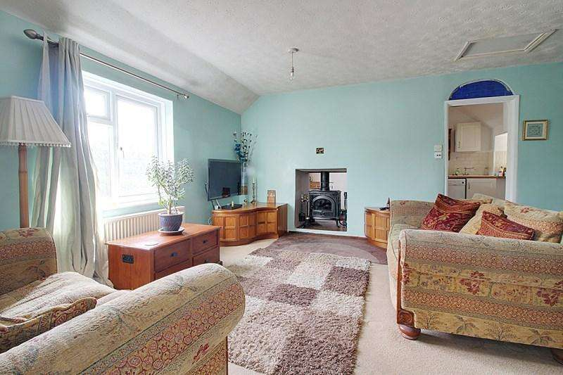 3 Bedrooms Detached House for sale in Red Pits, Wood Dalling, Norwich