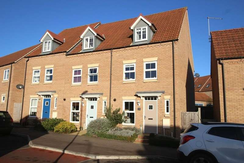 3 Bedrooms Town House for sale in Merivale Way, Ely