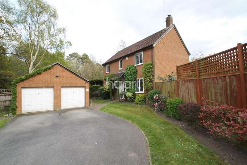 4 Bedrooms Detached House for sale in Leafield Copse, Bracknell
