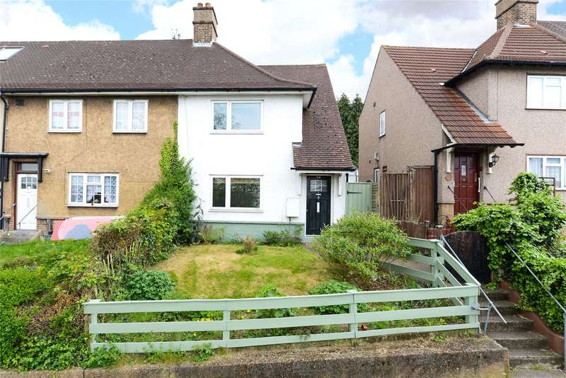 3 Bedrooms Semi Detached House for sale in Bloomhall Road, London