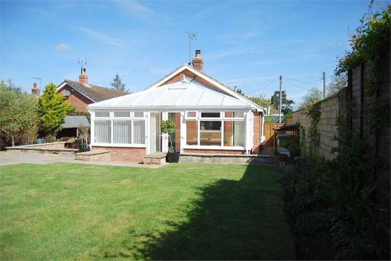 2 Bedrooms Detached House for sale in Millend Lane, Eastington, Glos