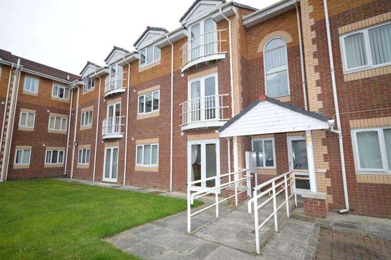 2 Bedrooms Flat for sale in Burscough, Ormskirk, L40