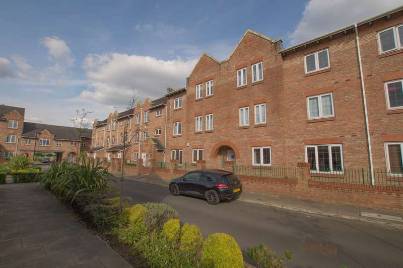 2 Bedrooms Flat for sale in 2 bedroom Flat Ground Floor in Northwich