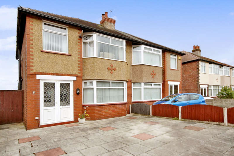 3 Bedrooms Semi Detached House for sale in Glamis Drive, Churchtown, Southport