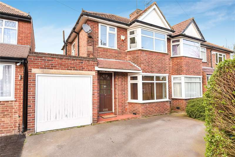 3 Bedrooms Semi Detached House for sale in Derwent Crescent, Stanmore, Middlesex, HA7