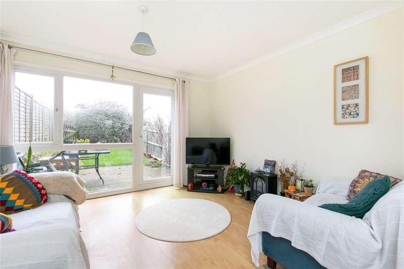 2 Bedrooms Terraced House for sale in Kennedy Gardens, Sevenoaks, Kent, TN13